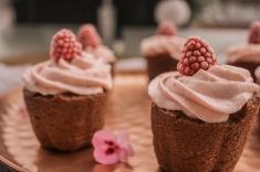 Der Cupcake leuchtet in einem schönen rosa