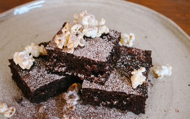 Glutenfreie Brownies aus Kidneybohnen und Datteln