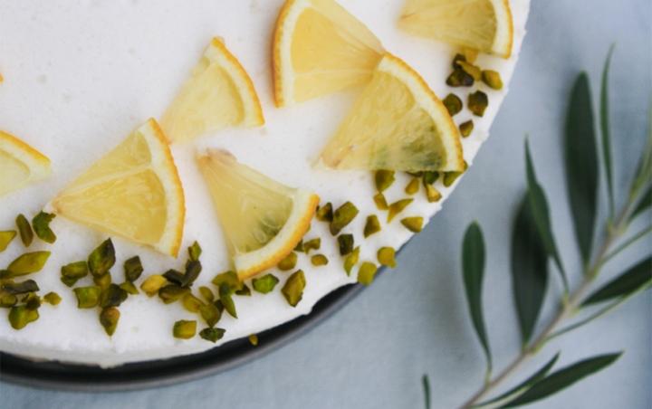 Zitronen auf meinem Glutenfreien Buttermilch-Törtchen.
