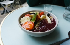 Die Berry Bowl mit Früchten zählt zu meinen Highlights