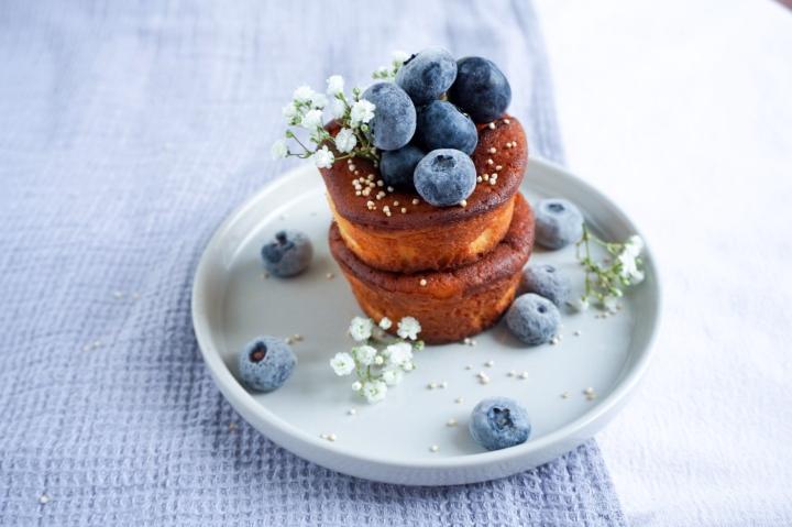 Mini-Cheesecakes mit frischen Beeren